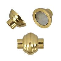 5mm Round Leather STAINLESS STEEL magnetic clasp ribbed - GOLD