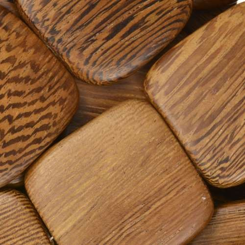 Robles Wood Bead Flat Square 25mm - strand