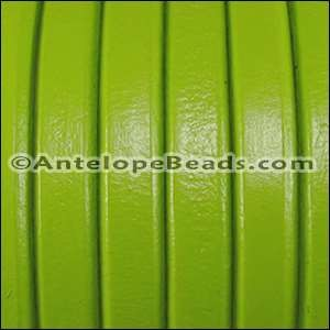 Regaliz 10mm Oval Leather Cord - Pistachio - per inch