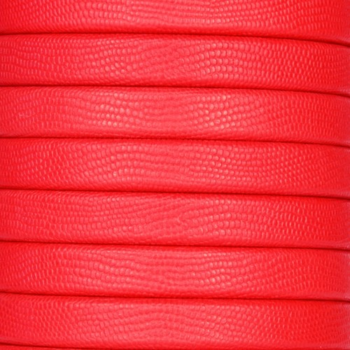 Regaliz Textured 10mm Oval Leather Cord - Red