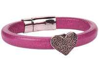 Enchanted Heart Regaliz Oval Leather Bracelet