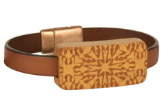 Lancaster Quilt Lillypilly Wood Slider Flat Leather Bracelet