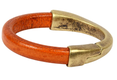 Everyday Bangle Regaliz Leather Bracelet